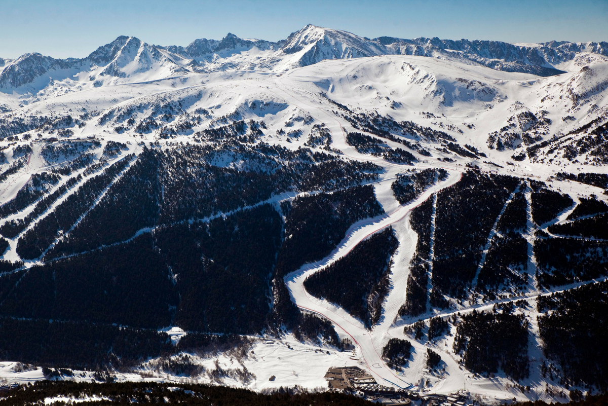 Planning a trip to Grandvalira? Here are four picturesque spots that you can't miss!