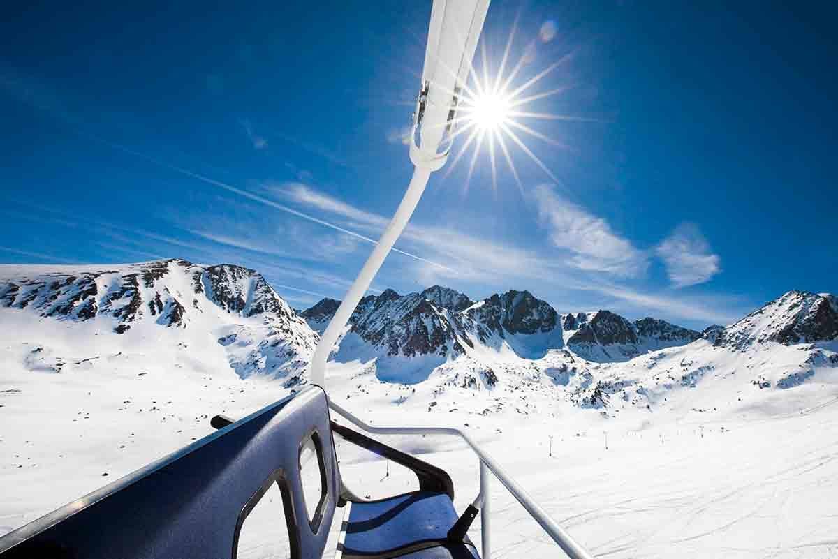 El plan perfecto para una escapada de esquí en pareja en Andorra
