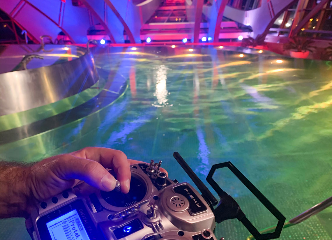 The indoor lagoon of Inúu from a drone's eye view. Enjoy the spectacle!
