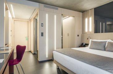 06-HotelMetropolis-EstandardCalle1.jpg
