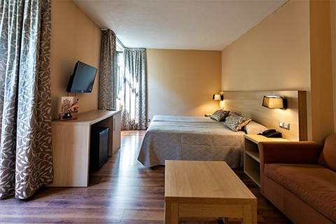 480x320-CA-Web-HotelPanorama-1.jpg